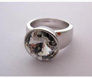 Round Clear Crystal Ring