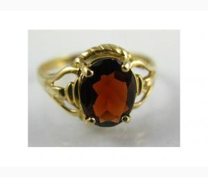 Classic Style Large Garnet Ring