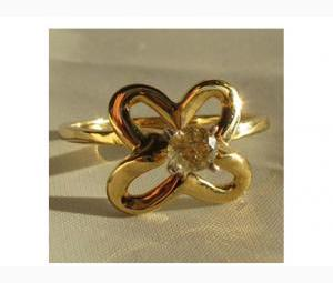 Diamond Solitaire Clover Ring