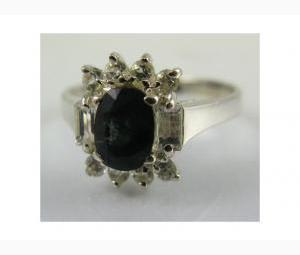 Lovely 1.85ctw Sapphire & White Topaz Ring